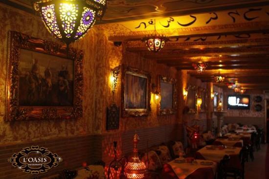 El Restaurante L'Oasis actuaciones Danza Oriental ( Valencia )